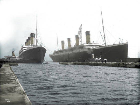 olympic_and_titanic_by_alexandratitanic1912-d2zghi0.jpg