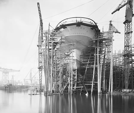 g10695_aquitania_construction_450.jpg