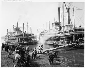 riverboats_at_memphis.jpg
